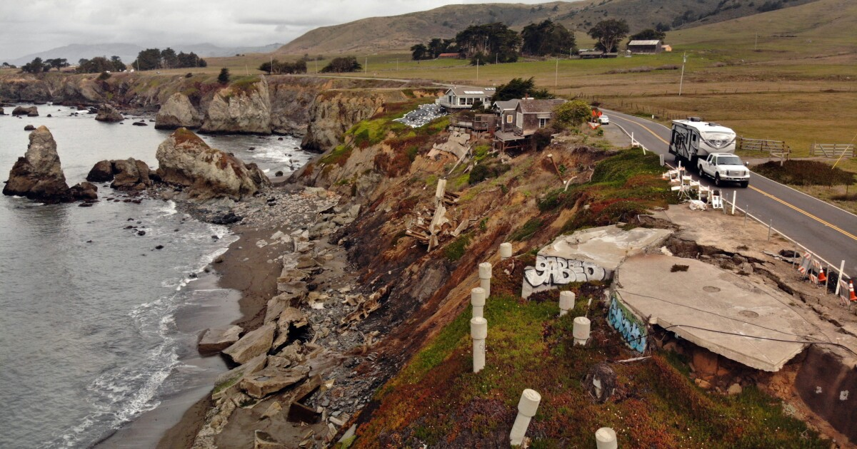 Along the crumbling Sonoma coast, an ambitious project paves the way for 'managed retreat'