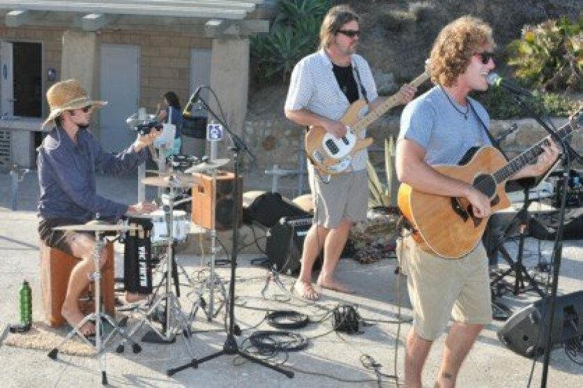 Luke Willaims (right) performing at a recent Concert at the Cove event in Solana Beach. Photo by Jon Clark