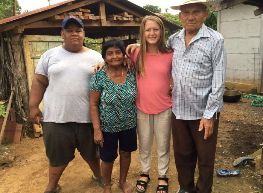 Dayna Dyjak with her host family in Panama.