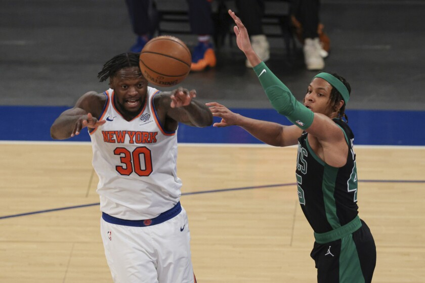 Julius Randle (30) de los Knicks de Nueva York