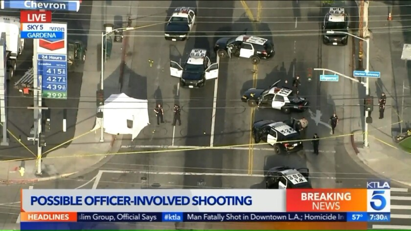 Police shoot and kill an armed man in South L A  - Los