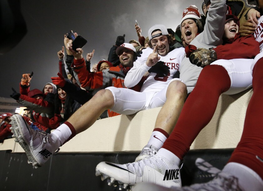 Final regular-season ranking sets table for College Football Playoff