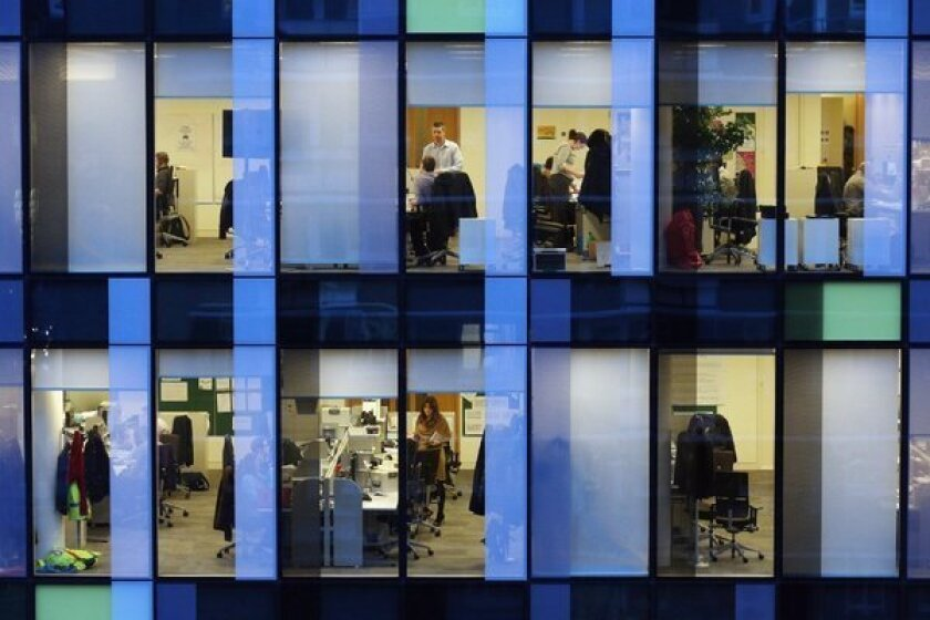Workplaces can make good sites for weight-loss programs, researchers say.