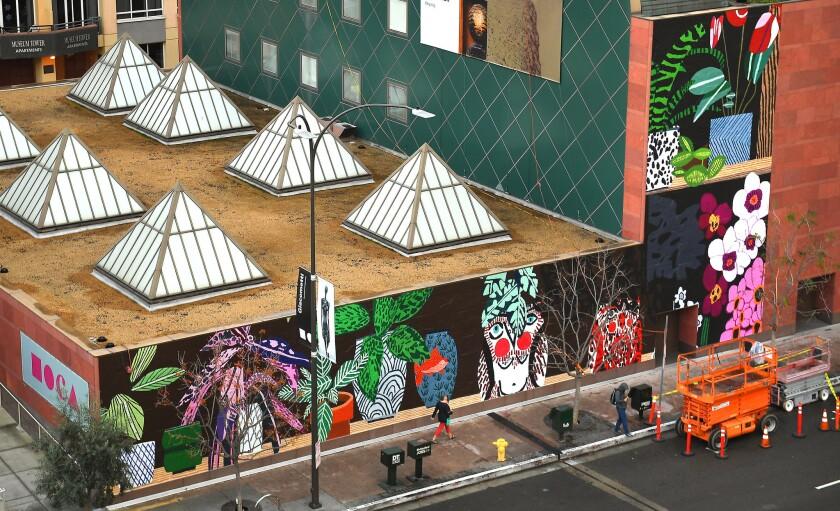 LOS ANGELES-CA-DECEMBER 21, 2016: The new MOCA facade on Grand Avenue by artist Jonas Wood. (Christi