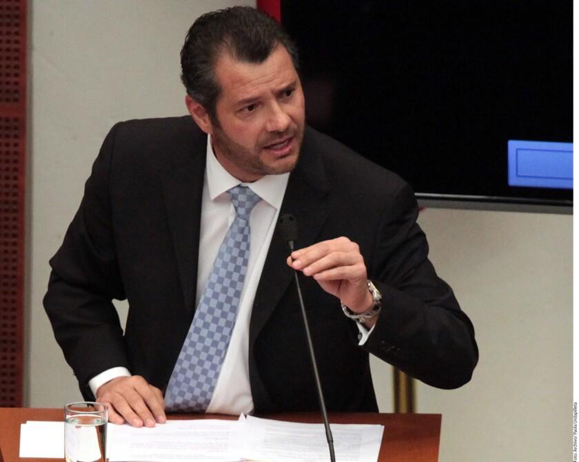 El diputado local panista, Juan Carlos Muñoz Márquez, acusó que el incremento de los asesinatos por la disputa del robo de combustible y narcomenudeo, obedece a que la Federación dejó abandonada a la entidad.