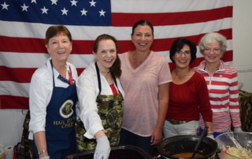 Linda Jacoway, Jan Clark, Rachel Luis y Prado (co-founder and COO with husband, Hernan), Roberta Arzola, Gail Kendall