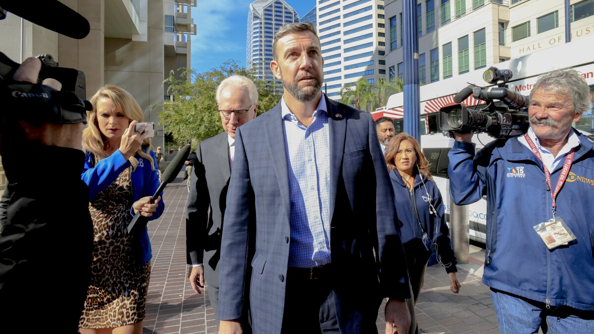 Rep. Duncan Hunter to abandon not guilty plea in campaign finance scandal