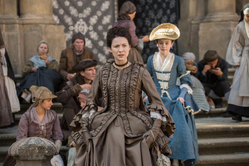"""Claire and Mary on """"Outlander"""""""