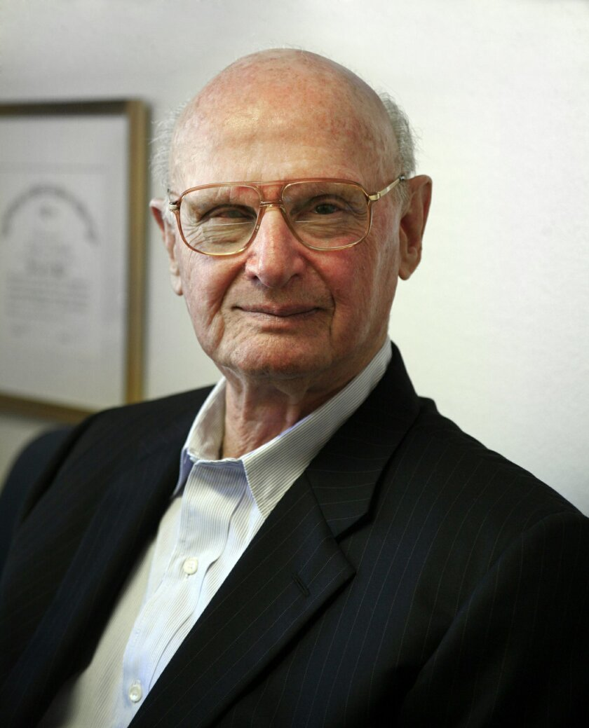 UC San Diego Nobel laureate Harry Markowitz
