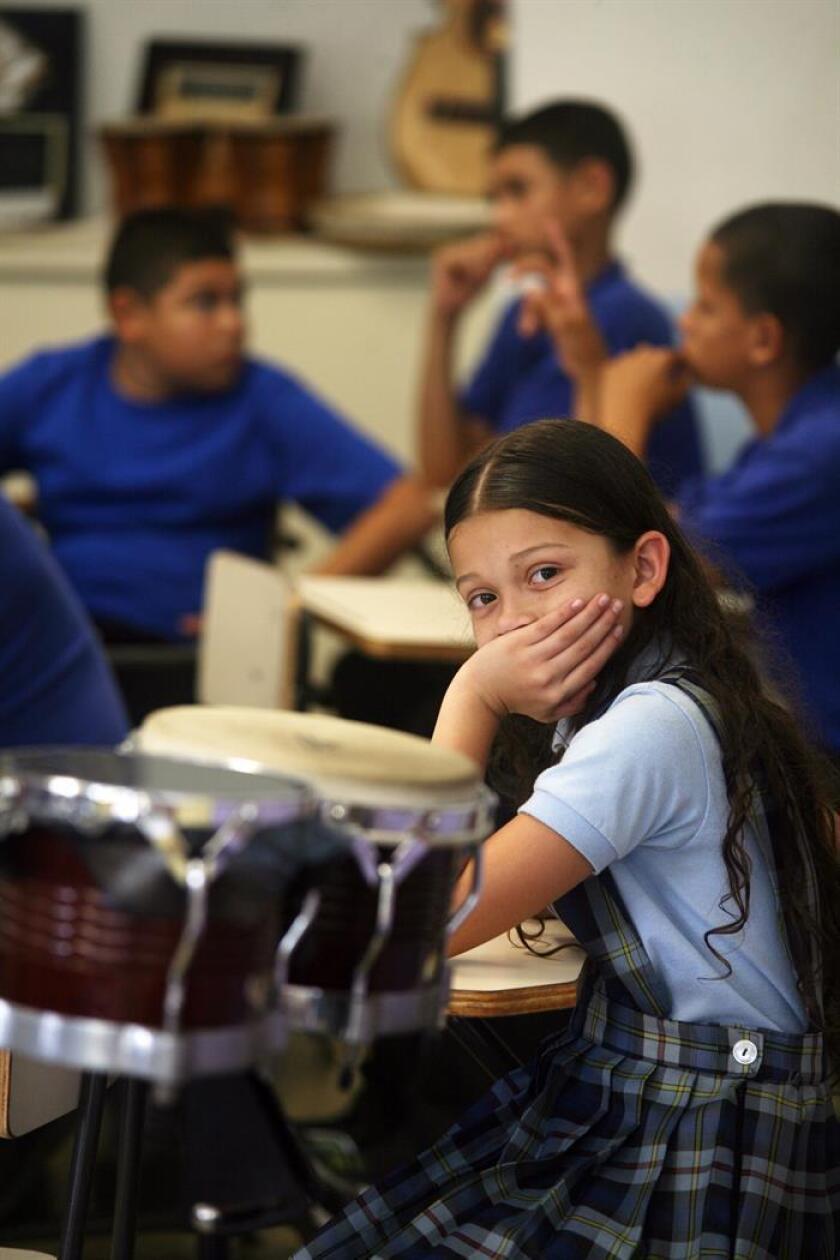 La Asociación de Psiquiatras de Puerto Rico alerta de que con tan solo 30 especialistas para menores en la isla los niños y jóvenes se encuentran desamparados de cara a problemas de salud mental, que se espera que afloren con intensidad en los próximos meses consecuencia, retardada, del huracán María. EFE/Archivo