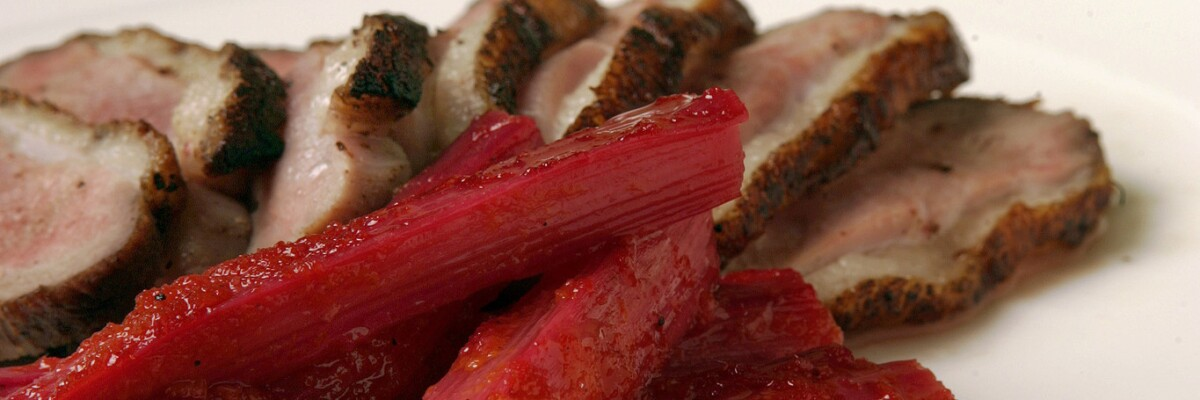 12 recipes for rhubarb