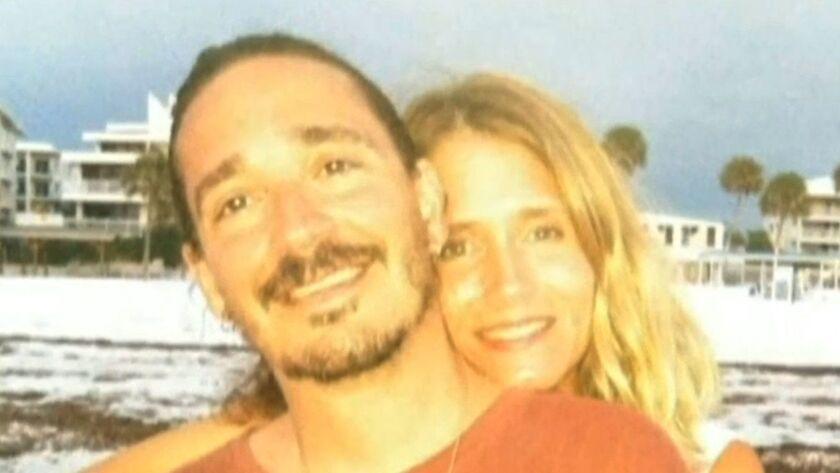 Eric y Karen Klein, de Easton, Pensilvania, se perdieron cerca de Bryce Canyon y el borde norte del Gran Cañón mientras vacacionaban con su hijo de 10 años de edad (Inform).