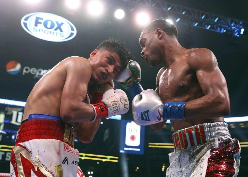 APphoto_Garcia Spence Boxing