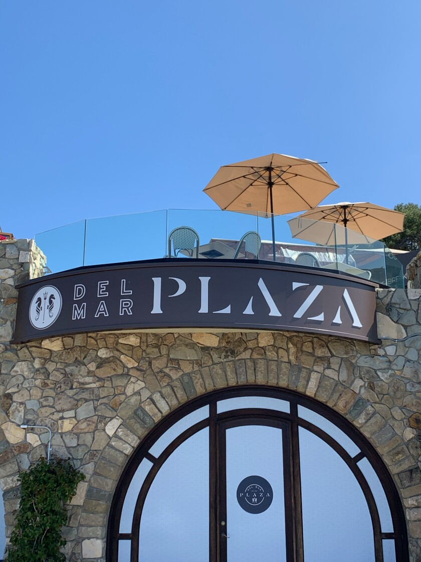 Del Mar Plaza shopping center is located at 1555 Camino Del Mar in the Del Mar Village area.