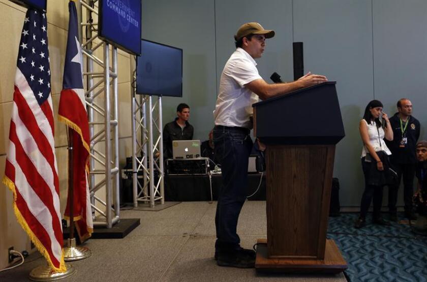 El gobernador de Puerto Rico, Ricardo Rosselló, habla durante una rueda de prensa. EFE/Archivo