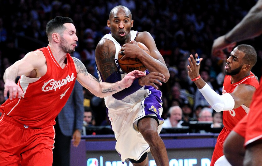 half off 09b52 14d7e Kobe Bryant finishes 6-10 in Christmas games after Clippers ...