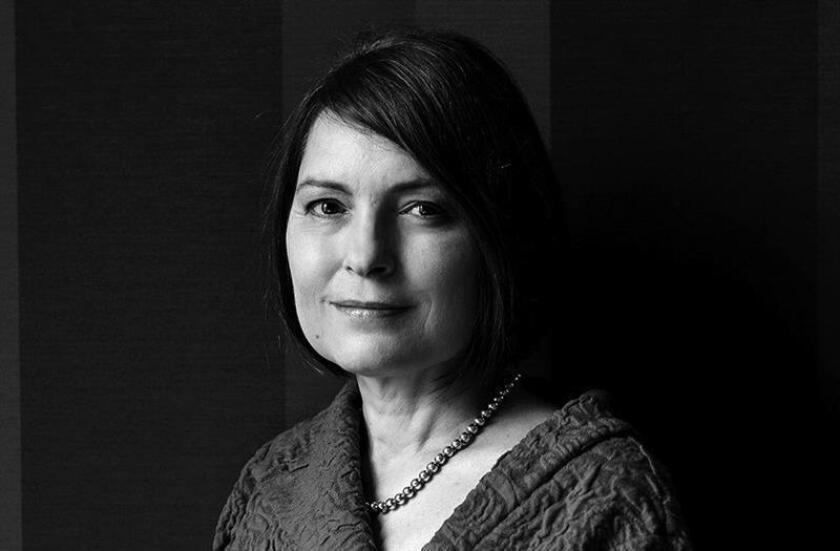 Española Clara Usón gana Premio Sor Juana Inés de la Cruz de la FIL mexicana
