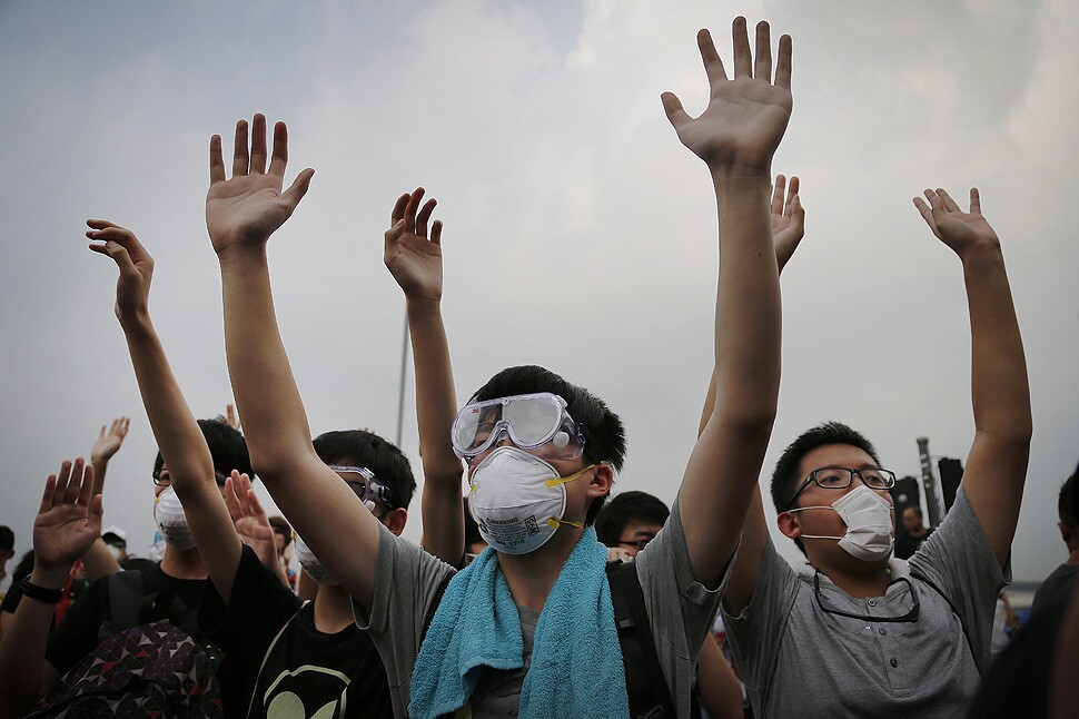 Op-Ed: Why so many Chinese students can't understand the Hong Kong protests