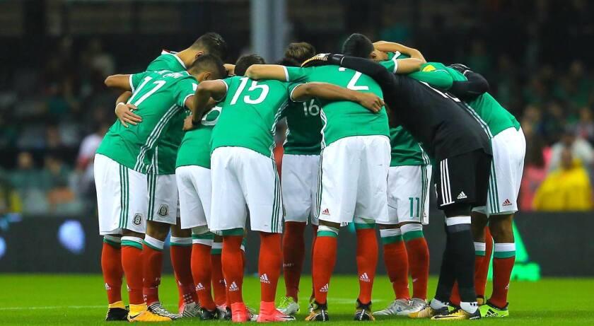 La selección mexicana de futbol.