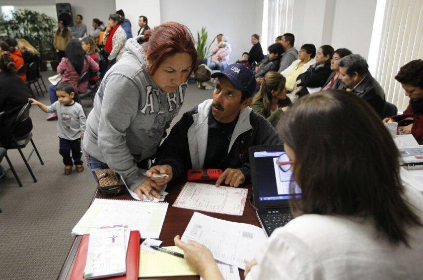 Según las autoridades mexicanas, cerca de 700 mil inmigrantes que viven en Estados Unidos, carecen de su prueba de nacionalidad.