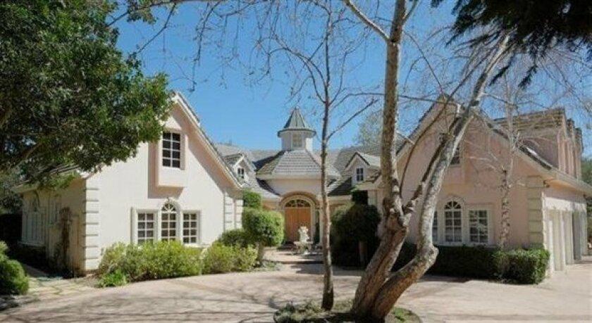 Chad Everett estate listed at $3.8 million