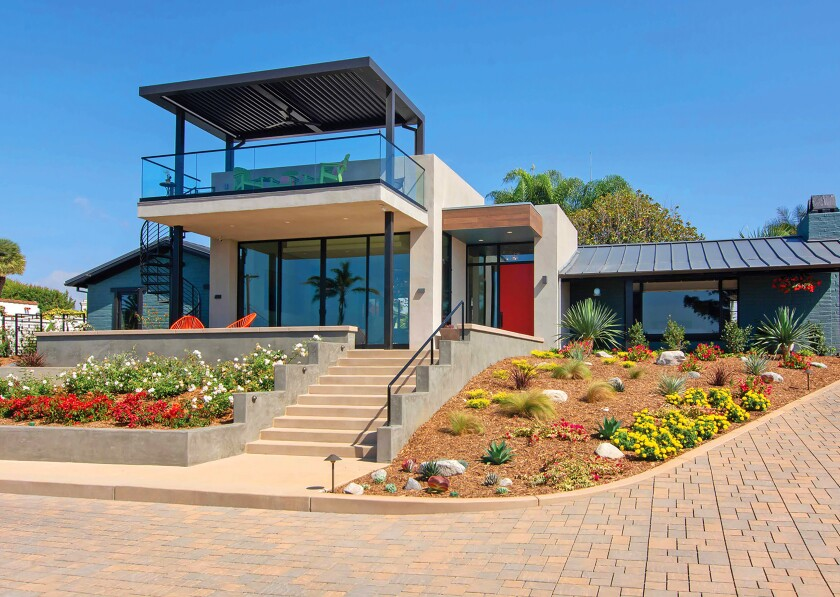 This Jackson Design and Remodeling designed home in Encinitas is on the Modern Architecture + Design Society's San Diego Modern Home Tour on Oct. 12, 2019. More details at sandiegomodernhometour.com and jacksondesignandremodeling.com