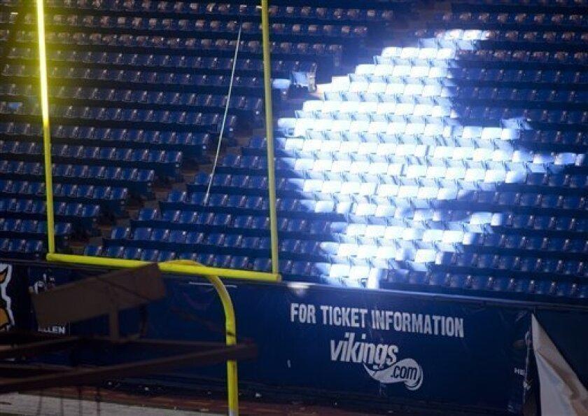 Metrodome Roof Collapse Rekindles Stadium Debate The San Diego Union Tribune