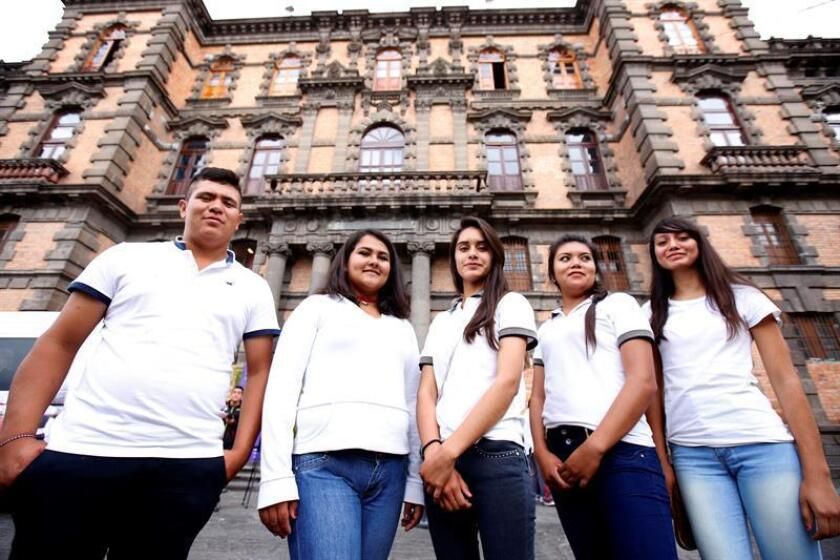 Jóvenes de Jalisco desarrollan soluciones innovadoras en el concurso Ideatón