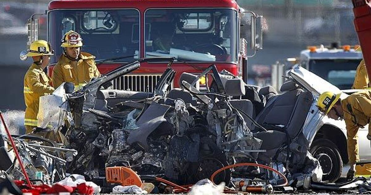 Double fatality shuts down eastbound 10 Freeway - Los