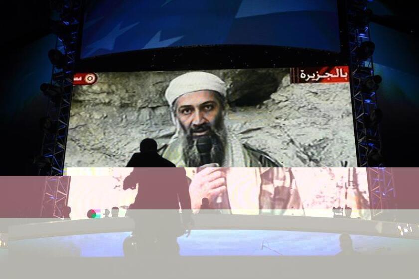 El Departamento de Estado incluyó hoy en su lista negra de terroristas a Hamza bin Laden, uno de los hijos del fallecido líder de Al Qaeda Osama bin Laden y que se había convertido en un miembro de la organización de su padre. EFE/ARCHIVO