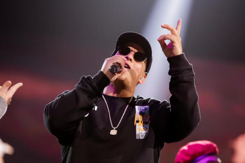 El veterano del reggaetón Daddy Yankee tuvo mucho lucimiento en la ceremonia realizada en Miami.