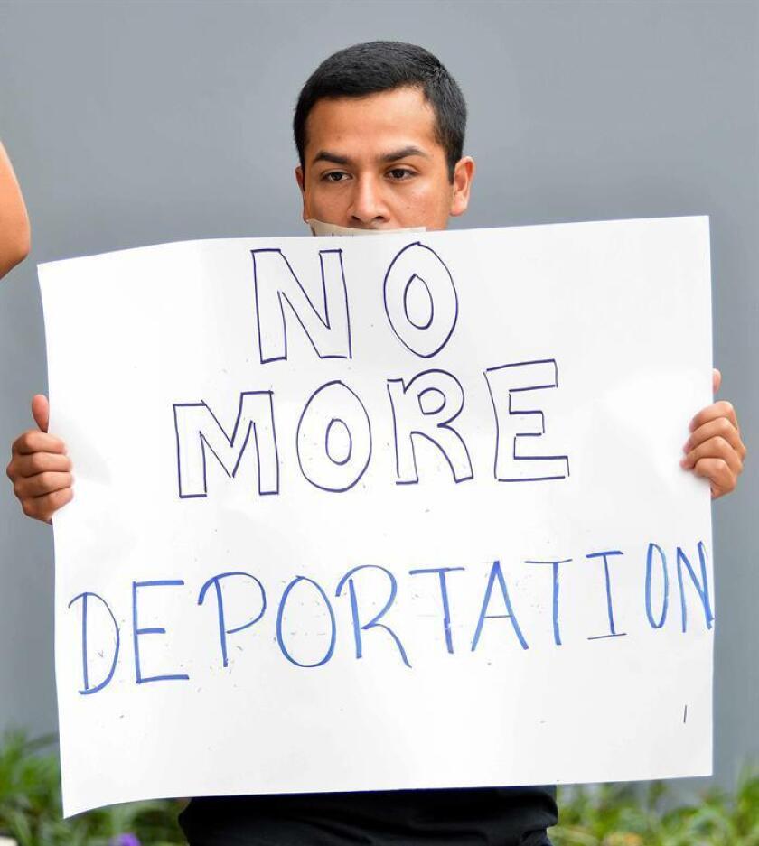 Fotografía de archivode César Vargas cofundador del Dream Action Coalition. EFE/Archivo