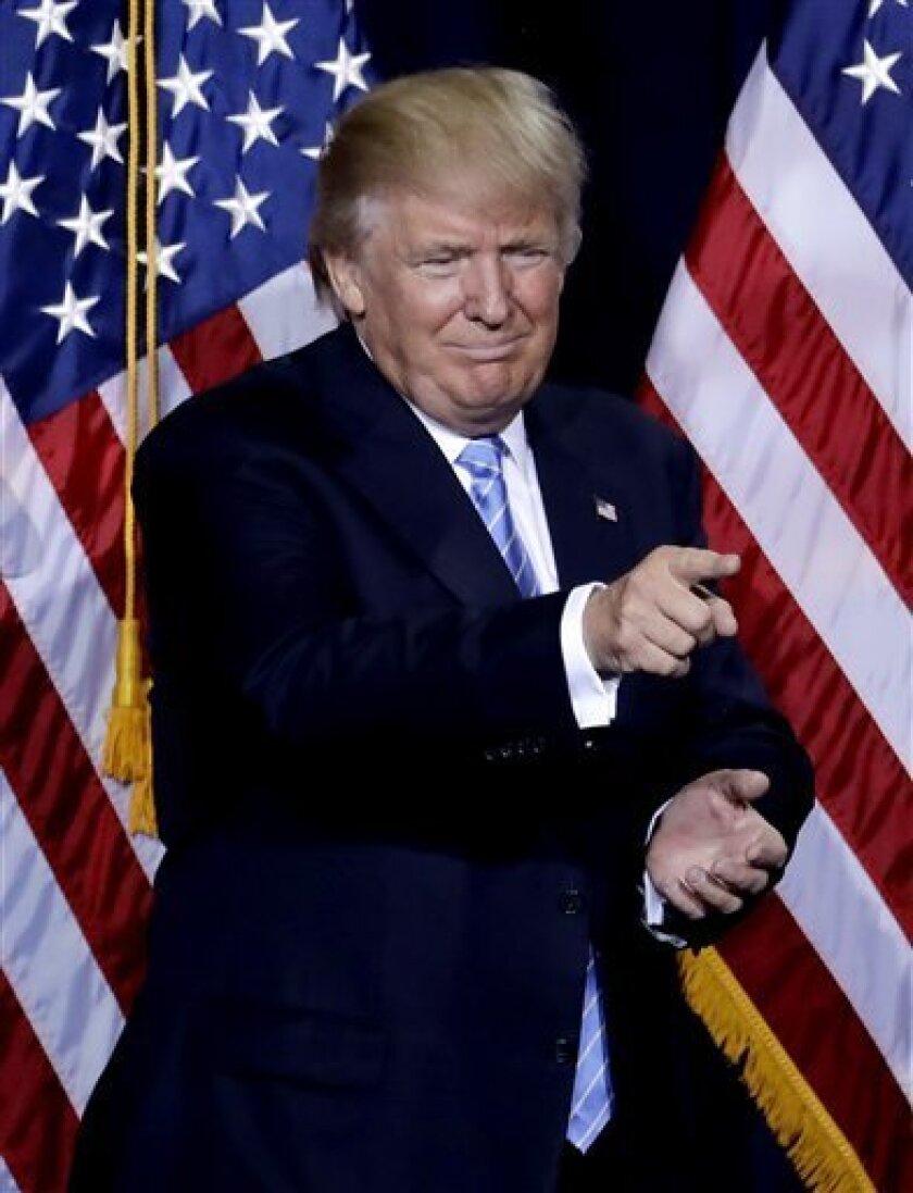 El candidato republicano a la presidencia de Estados Unidos, Donald Trump, sigue a la baja en popularidad en México.