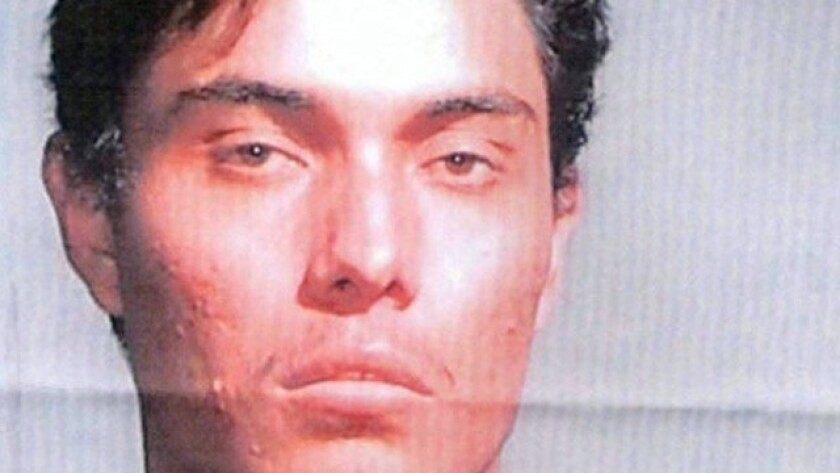 Las autoridades mexicanas detuvieron el jueves a Fidel Urbina, uno de los 10 fugitivos más buscados del FBI, en las afueras de Valle de Zaragoza, en el norteño estado de Chihuahua, informó hoy la embajada de Estados Unidos en México.