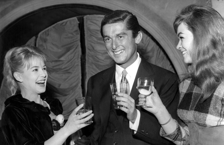 Robert Evans, Sophie Daumier And Marie Versini 1959