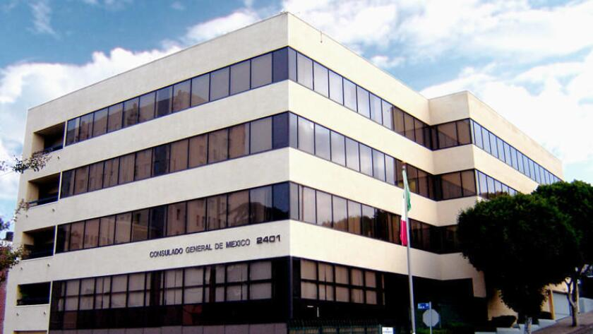 Edificio del Consulado de México, en L.A.