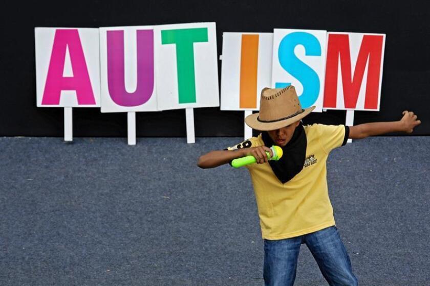 Los vídeos familiares de corta duración pueden ser utilizados para el diagnóstico temprano de autismo en los niños con la ayuda de una de una aplicación computarizada, según un estudio dado a conocer hoy. EFE/Archivo