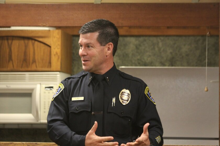San Diego Police Lt. Scott Wahl, recently assigned to northern division, addresses the la Jolla Shores Association and residents.