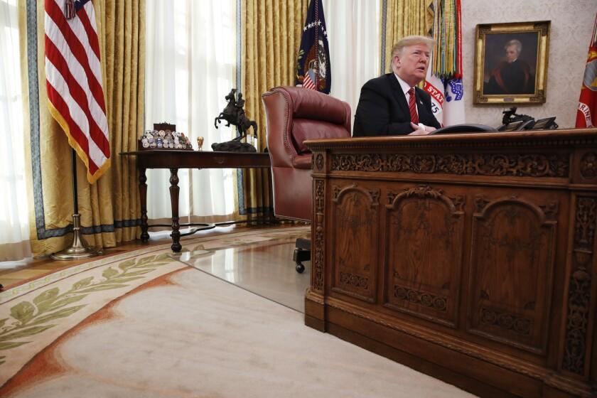 """""""Nos veremos forzados a cerrar la frontera sur por completo si los demócratas obstruccionistas no nos dan el dinero para terminar el muro"""", dijo el presidente Donald Trump."""