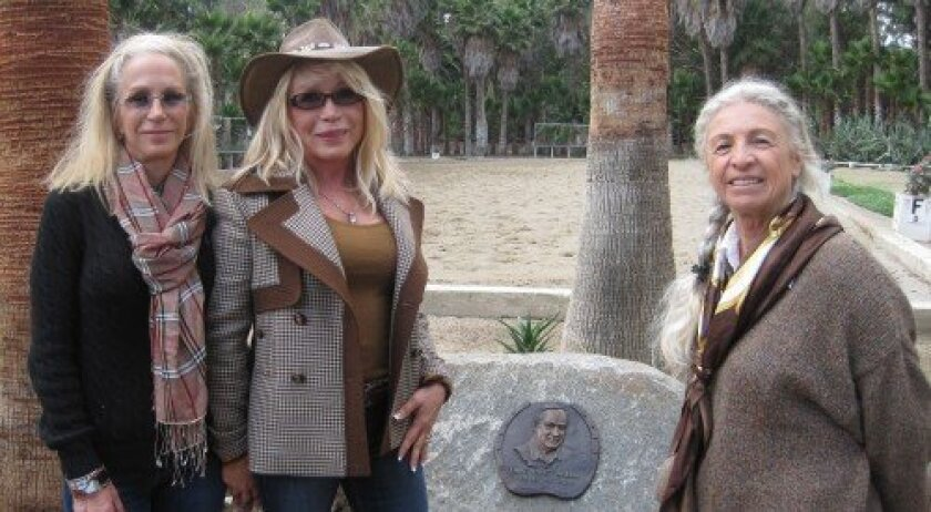 Pamela Cox, Irene Valenti, artist Célou Bonnet