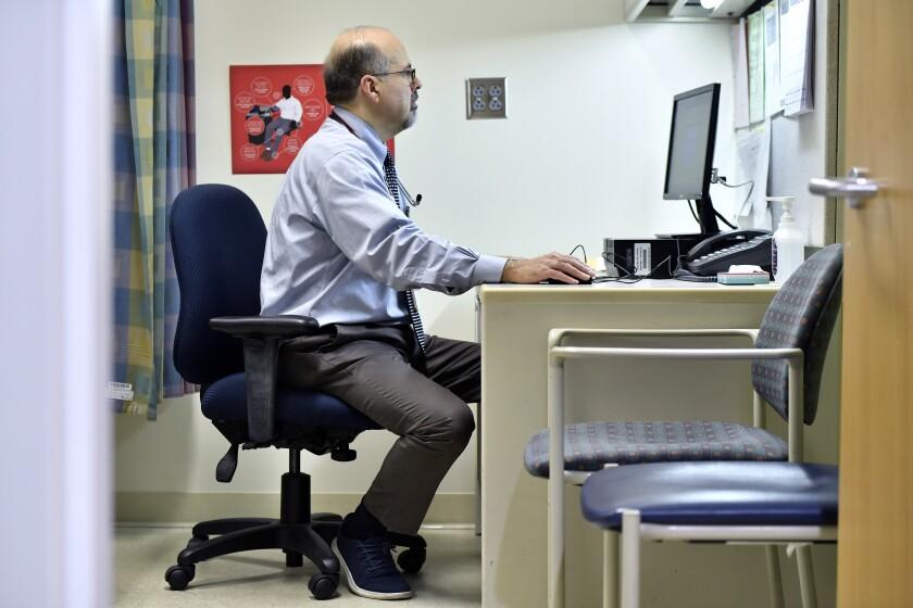 Dr. Rafael Camp