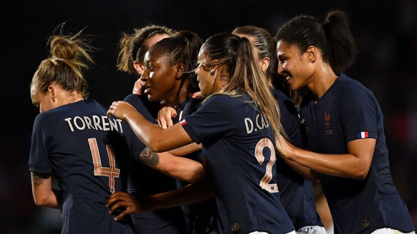 FBL-WOMEN-WC-2019-FRA-CHI-FRIENDLY