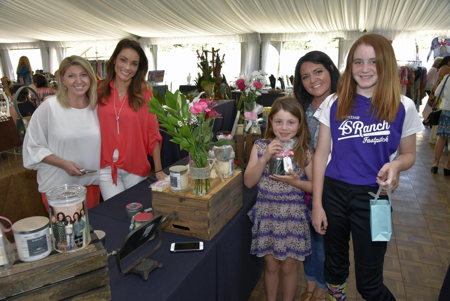 Natalie Wilson and Chi Phung of Madwicks.com, Julie Jarvis with Scarlett and Mia
