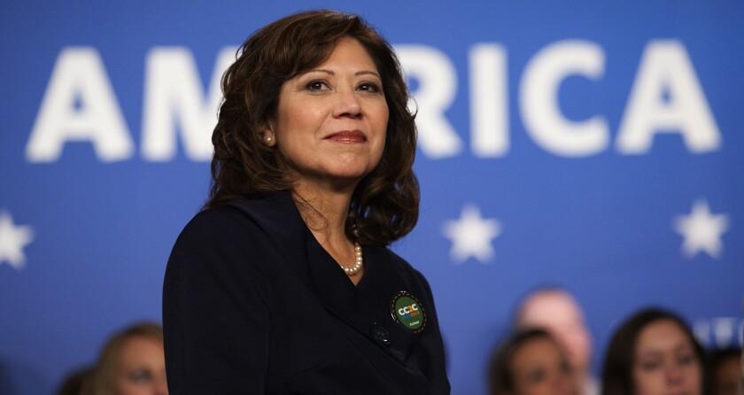 caption:Hilda Solís comenzó su carrera política en 1985, hoy es la supervisora del Distrito 1 del Condado de L.A.