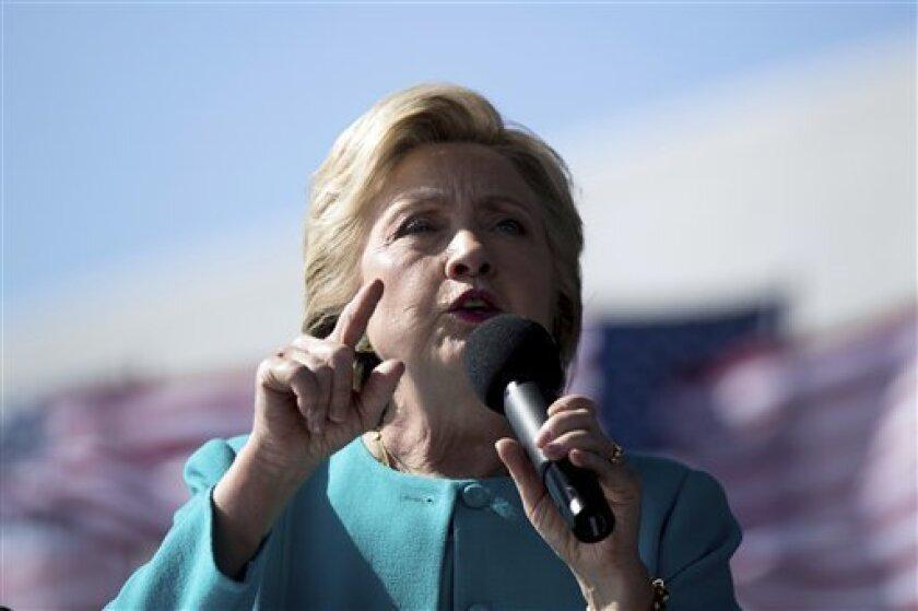 Cinco diputados mexicanos de Oposición, la mayoría líderes de sus bancadas, enviaron una carta a la candidata estadounidense Hillary Clinton.