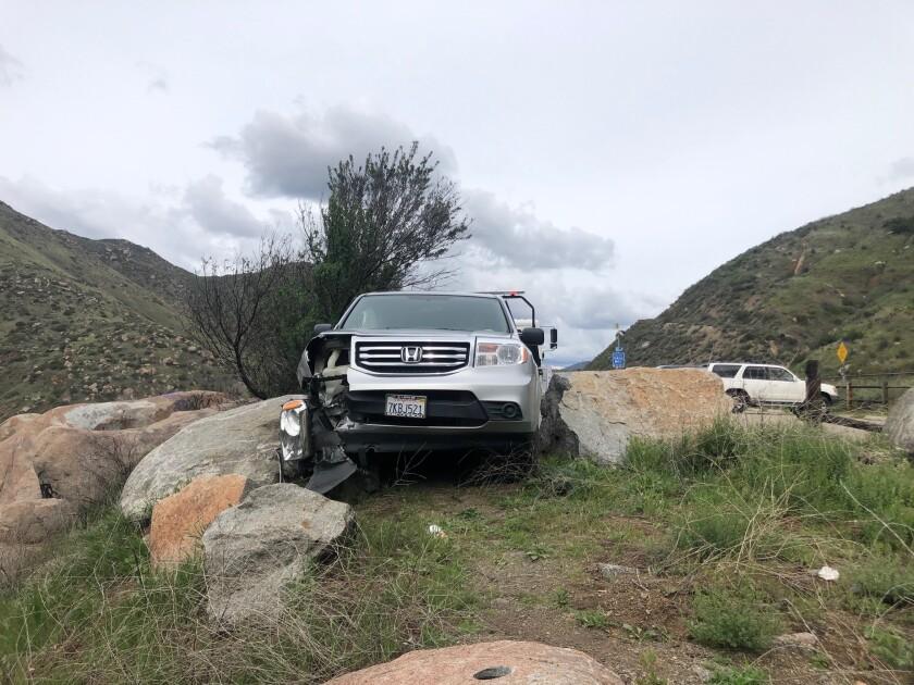 Car between boulders.jpg