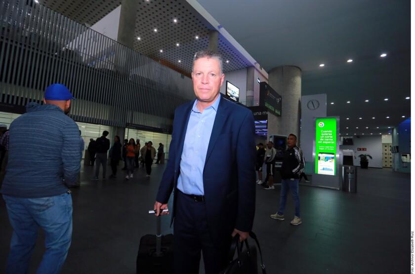 Ricardo Peláez fue contratado el lunes por las Chicas como director deportivo.