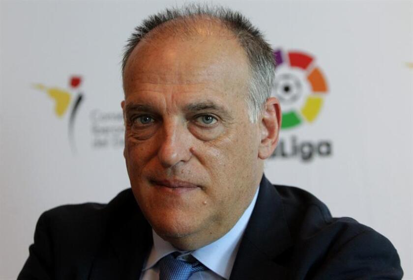 El presidente de LaLiga, Javier Tebas, reacciona en entrevista con Efe este martes, en Montevideo (Uruguay). EFE