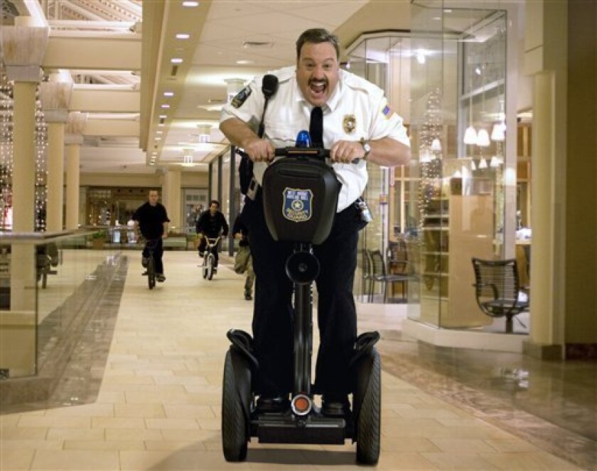 """In this image released by Sony Pictures, Kevin James is shown in the comedy, """"Paul Blart: Mall Cop."""" (AP Photo/Sony Pictures, Richard Cartwright)"""