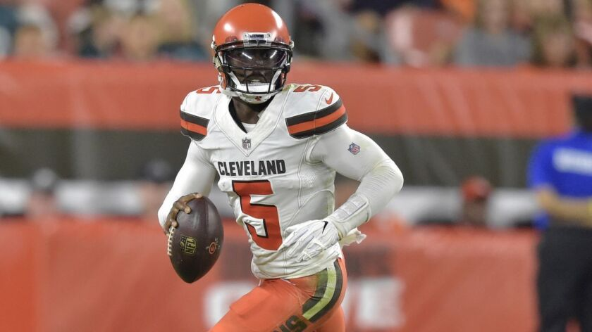 Cleveland Browns quarterback Tyrod Taylor (5) looks to throw during the first half of an NFL preseas